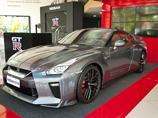Nissan traz GT-R, esportivo de R$ 900 mil