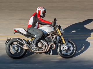 Naked Monster 1200S tem ciclística e tecnologia de esportiva