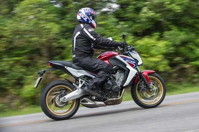 Comportada demais, Honda CB 650F não repete sucesso da ...