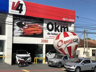 Comemorando seus 20 anos, V4 Veículos recebe Balão do ShopCar